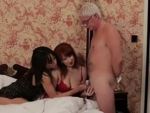 Naughty British CFNM girls give handjob to older guy