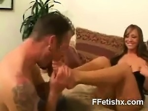 Humble Foot Fetish Gal Wild Makeout