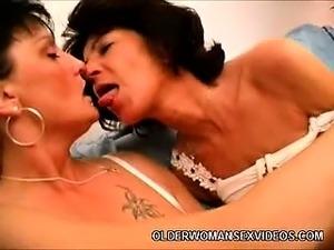Hot Mature Lesbians