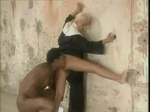 La Novizia E Il Diavolo Negro free
