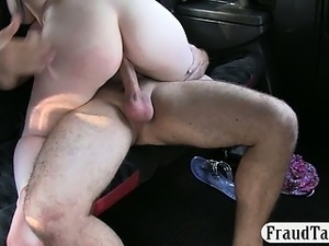 Amateur raven haired babe pounded with pervert driver
