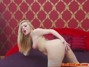 Solo blonde slut shows off her sexy body on her sexcam