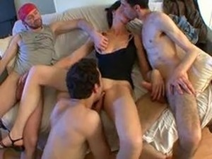My Naughty Wife Enjoy Gangbang