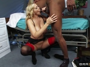 Doctor Julia Ann makes her dark skinned crazy patient Lucas