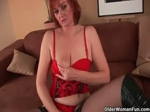 Sleazy grandma in nylons fist fucks her hairy cunt free