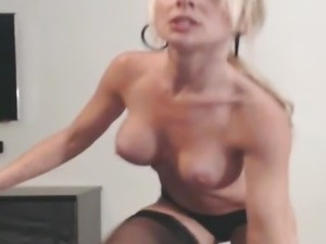 Gorgeous Blonde Toying her Pussy till she Orgasm