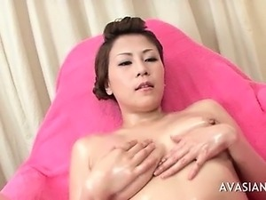 Asian Teen Solo Slippery Oil Pussy Massage
