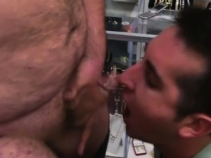 Spycam homo assfucked by pawnbroker
