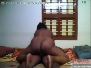 Very Hot and Mature Indian maid fucks on   Webcam