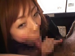 Yumi and a guy split a cab. He picks up her fare and she gives him a handjob....