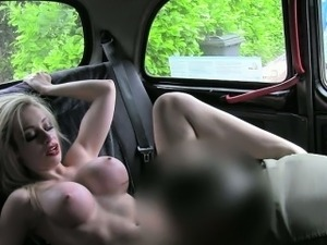 Big boobs amateur shows off her ass and fucked in the cab