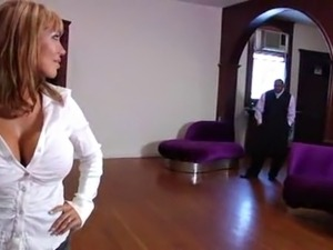 ava devine with bbc on in art gallery