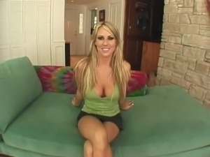 Carolyn Reese gets prone boned and creampied free