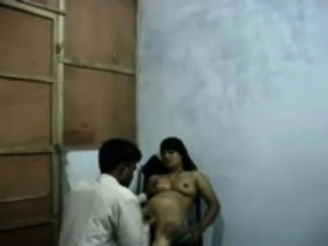 Desi  Bangla Raand Blackmailing Her Client