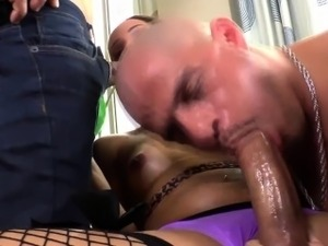 Sucking tranny gets rimmed