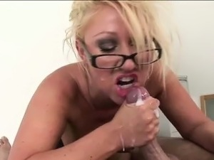 Busty british matron gets cumshot