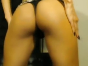 Hot Babe DP her Pussy and Orgasms