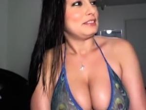 Hot Latina Webcam Girl Big Tits 2