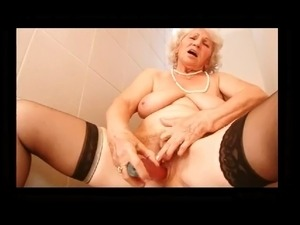 Vielles Salopes 9 BVR - Betty-