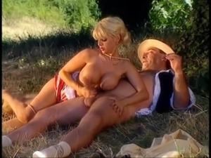 Donna d'Enrico (La Saga du sexe) 1 free