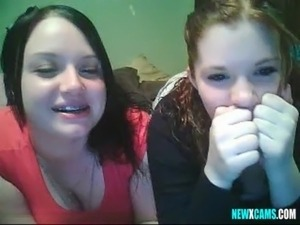 2 girls webcam free