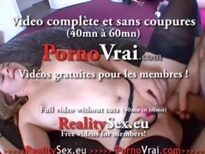 Accidental creampie dans la chatte de la jeune blonde !!! French amateur
