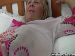 Grandma with big tits masturbates and gets finger fucked free