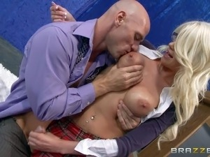 Four-eyed blonde Riley Jenner with big breasts unbuttons her blouse and gives...