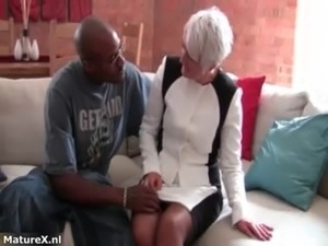 Horny mature mom gets seduced by a black free