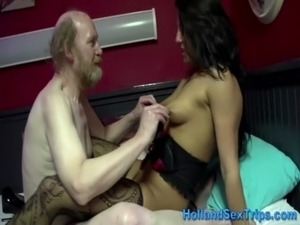 Old tourist visits hooker and fucks her free
