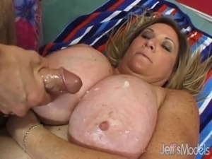 Oversized Deedra Rae's pussy and mouth engulf a guy's cock free