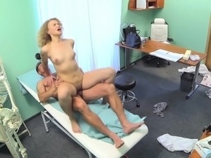 FakeHospital Triple cumshot from doctor