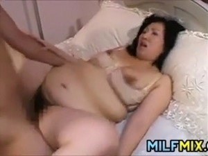 Dirty horny Japanese mothers getting their loose pussy fucked
