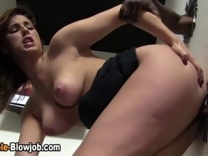 Hoe swallows cum at gloryhole