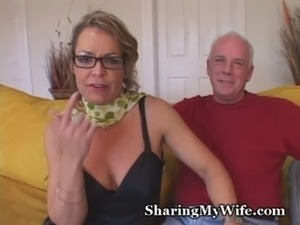 Mature Mommy Gets Young Cock free