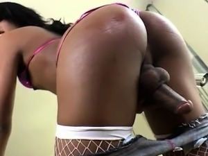 Sexy tranny Jady Wolf jerks off her  cock until it cums