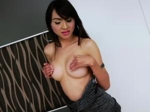 Asian ladyboy Sugar spices up in solo masturbation and cum j