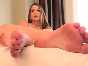 Sexy Pedicure Of Lusty Babe In Solo Video