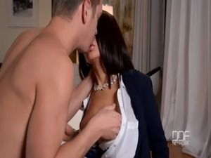 Fiery Latina Milf gets Double Penetrated! free