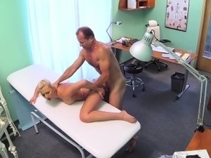 FakeHospital Petite euro chicks backache cured by having sex