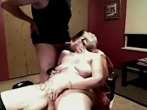 sue shows her cunt