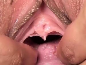 Horny czech sweetie spreads her juicy vagina to the extreme