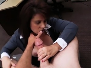 MILF sells her husbands stuff and banged to earn money