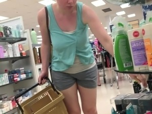 24yr old busty pregnant shopping braless