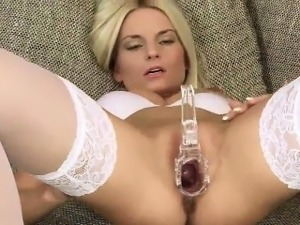 Wicked czech girl opens up her narrowed kitty to the special