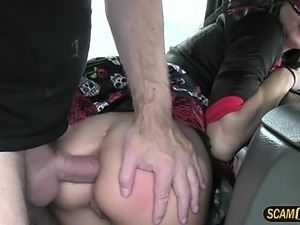 Party lady have sex with the cab driver