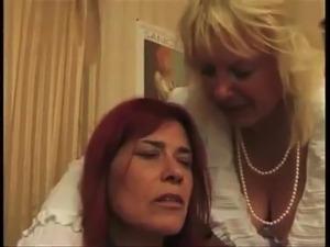 French Lesbia Milf