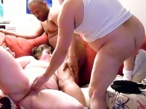 Interracial bbw threesome