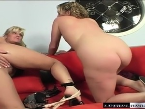 Busty blonde milf teaching a cute young babe how to please a long dick