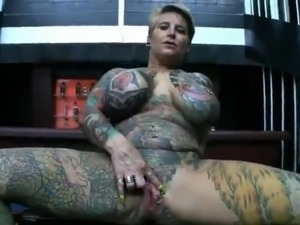 Wife full tattooed and pierced (n-r)